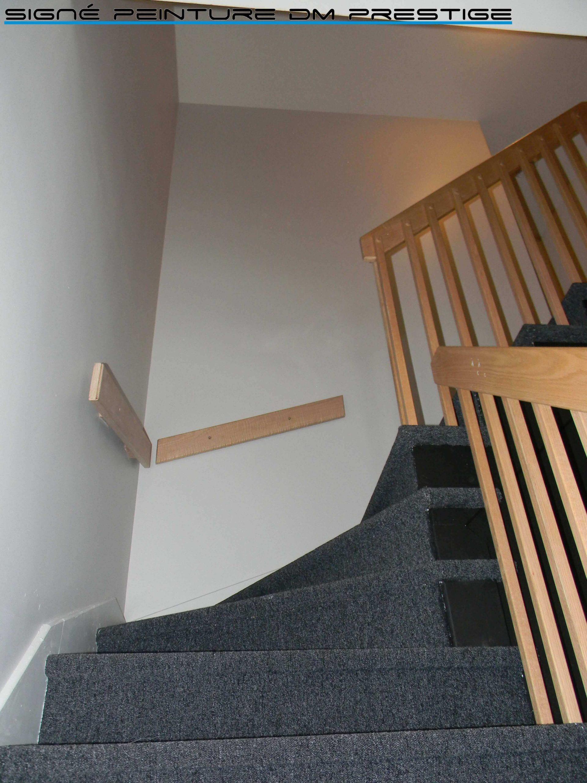 peintre cage escalier résidentiel